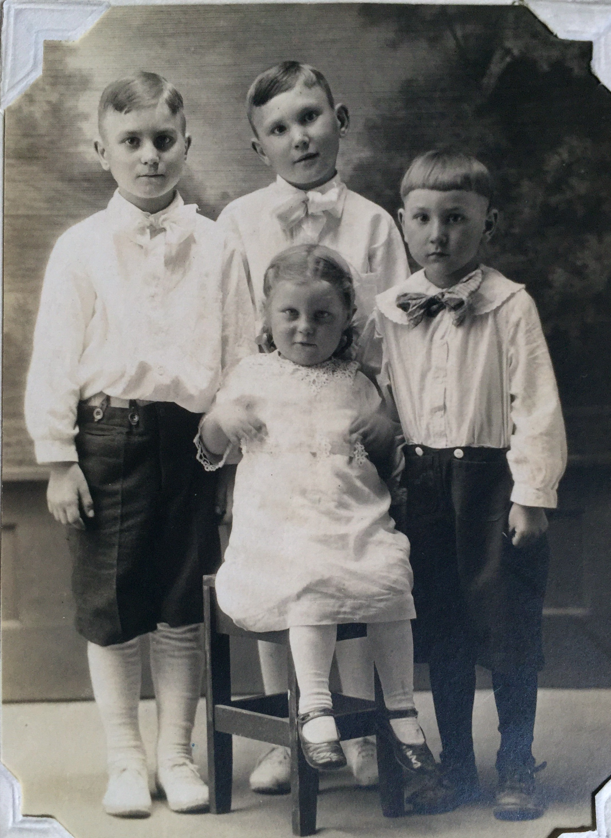 Grandma Marie and her brothers 1920