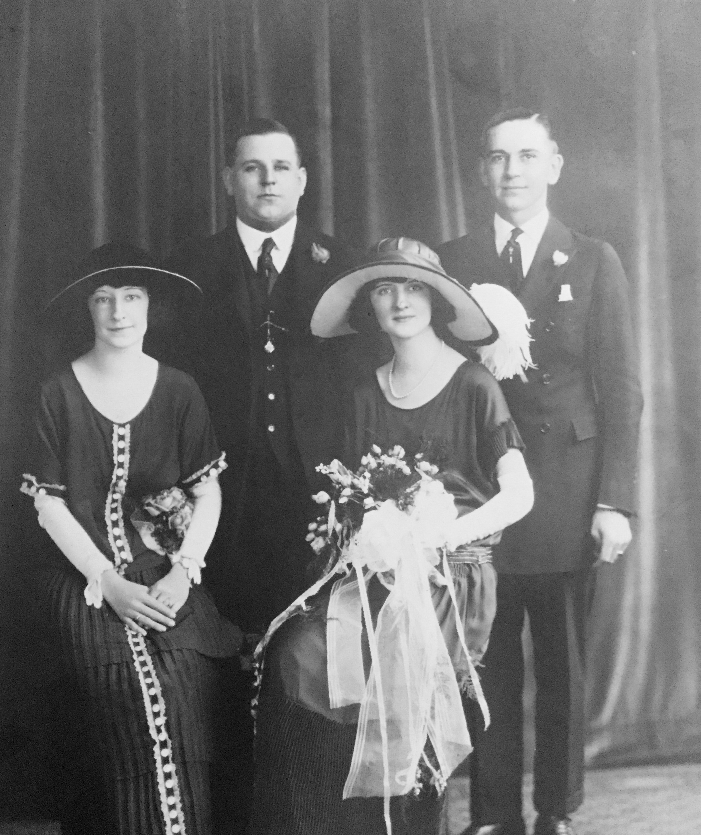 Wedding Day - September 18, 1923 Murrell Earnest and Rosellen  Catherine Murphy Gibby (Son of John and Laura Taylor Gibby, 1900-1961)